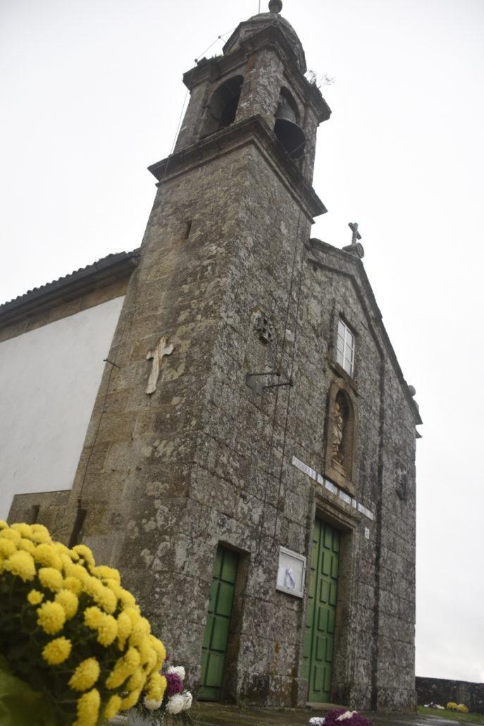 Campanario de la iglesia de Marrozos