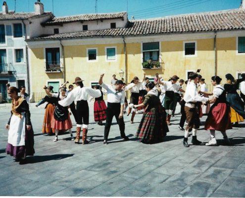 Intercambio cultural en Cuenca año 2000